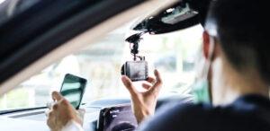 fleet manager installing a dash cam